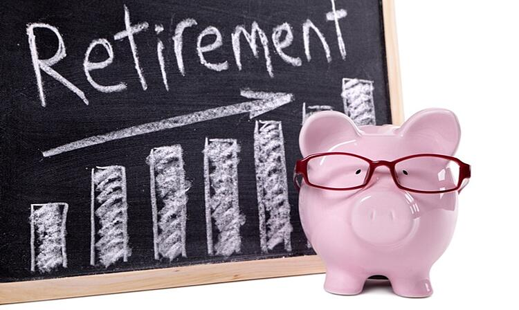piggy-bank-wearing-glasses-retirement-chart.jpg